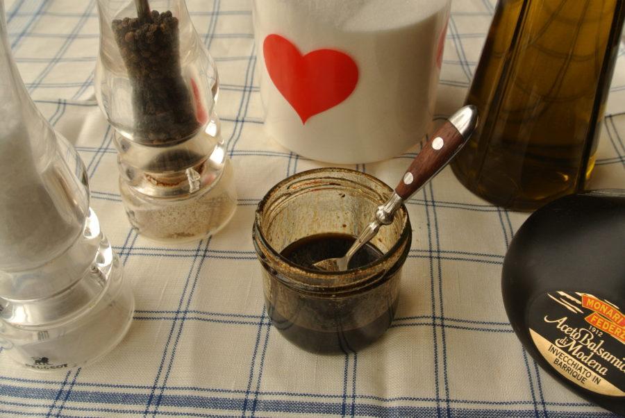 Enkel vinaigrette med balsamicoeddik