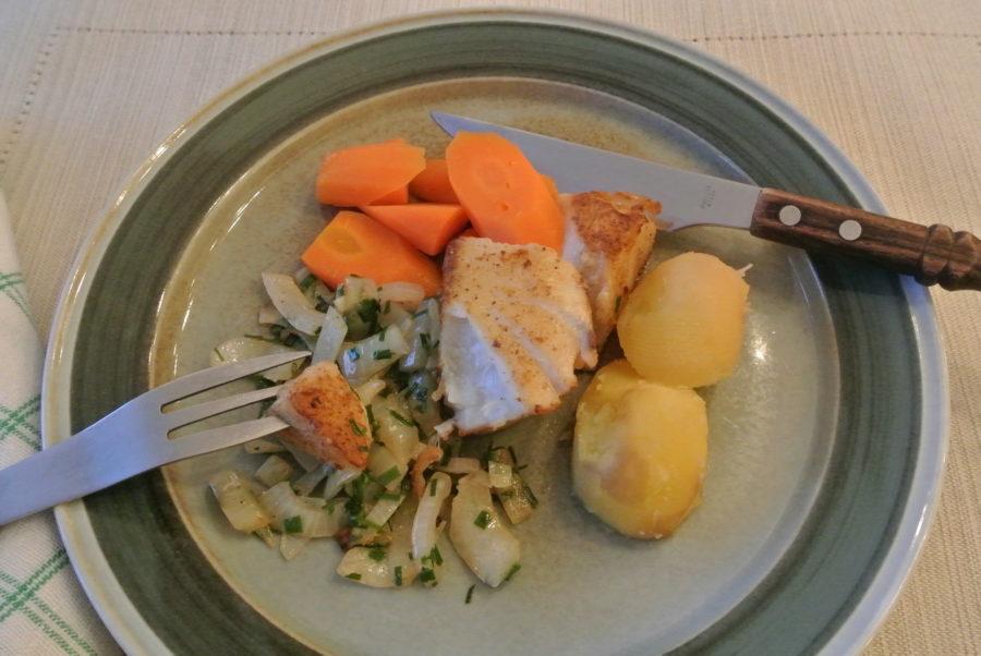 Stekt sei med spisskummin og løk