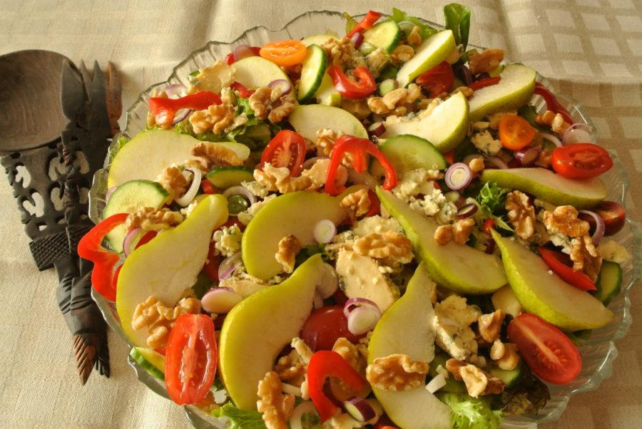 Pære- og blåmuggostsalat