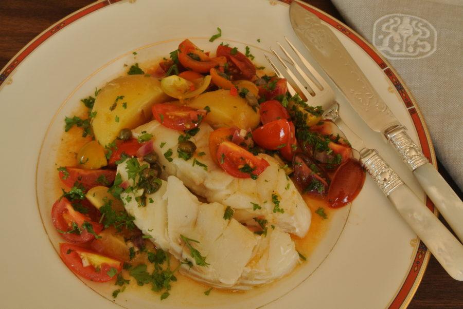 Posjert torsk med tomat- og kaperssalsa