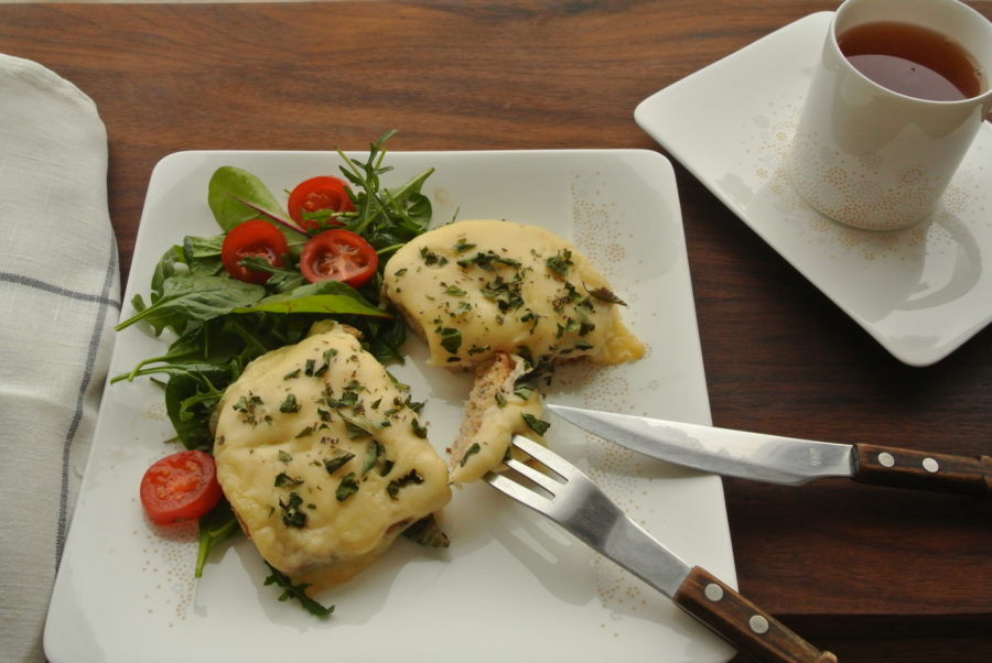 Ostesmørbrød med kalkunfilét