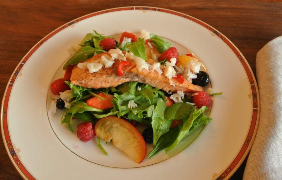 Laks med Monterey-salat